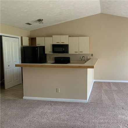Rent this 2 bed condo on Willowbrook Dr in Fayetteville, NC