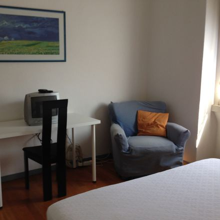 Rent this 3 bed room on Piazza Piero Gobetti in 23, 20131 Milano MI