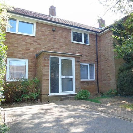 Rent this 4 bed house on Blackthorne Close in Welwyn Hatfield AL10 9DS, United Kingdom