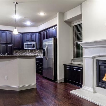 Rent this 4 bed condo on 7921 Parkwood Boulevard in Plano, TX 75024