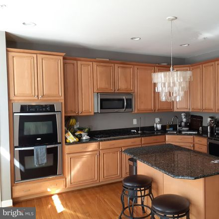 Rent this 4 bed townhouse on 7980 Vigne Ct in Vienna, VA