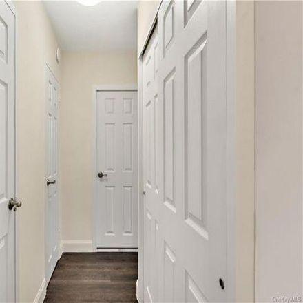 Rent this 2 bed condo on 880 Boynton Avenue in New York, NY 10473