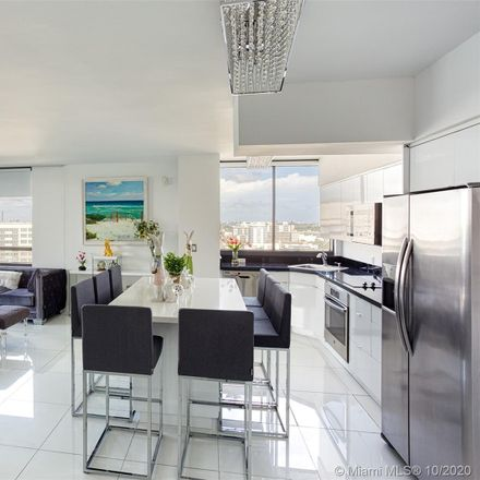 Rent this 4 bed condo on The Waverly in 1330 West Avenue, Miami Beach