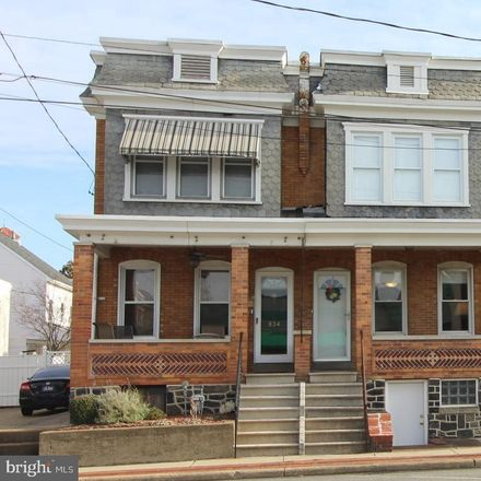Rent this 3 bed townhouse on 832 North Union Street in Wilmington, DE 19805