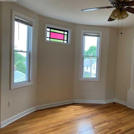 Rent this 3 bed apartment on 199 Westervelt Avenue in Hawthorne, NJ 07506