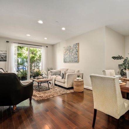 Rent this 3 bed condo on 14412 Killion Street in Los Angeles, CA 91401