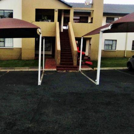 Rent this 3 bed apartment on Von Weilligh Street in Johannesburg Ward 60, Johannesburg
