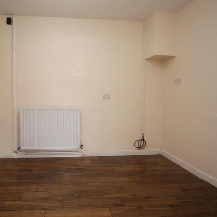 Rent this 3 bed house on Rugby Road in London RM9 4AX, United Kingdom