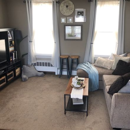 Rent this 2 bed townhouse on 147 West 10th Street in Bayonne, NJ 07002