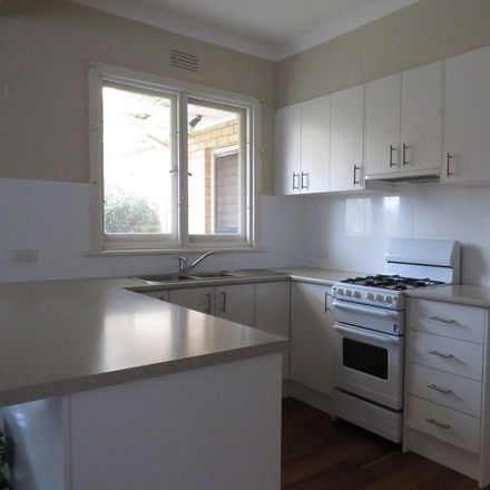 Rent this 3 bed house on 45 Morna Road