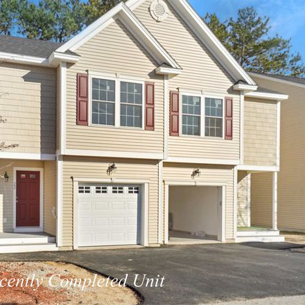 Rent this 3 bed townhouse on 6 Cranberry Way in Manchester, NH 03109