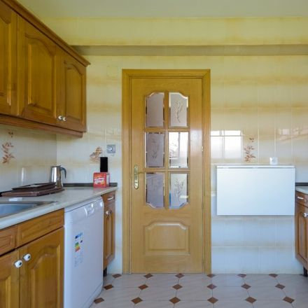 Rent this 3 bed apartment on 28001 Madrid