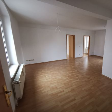 Rent this 3 bed apartment on Rußdorfer Straße 1a in 09212 Limbach-Oberfrohna, Germany
