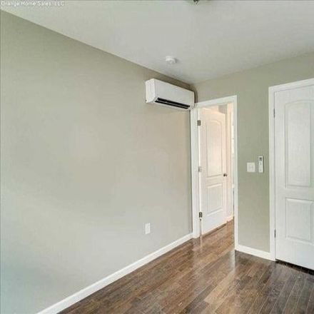 Rent this 4 bed house on 7 Davis Avenue in Bloomfield, NJ 07003