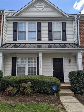 Rent this 3 bed condo on 12432 Blossoming Court in Charlotte, NC 28273