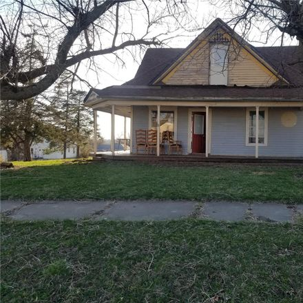 Rent this 2 bed house on 107 North High Street in Grant City, MO 64456