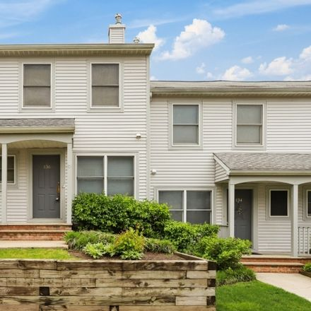 Rent this 2 bed townhouse on Panorama Dr in Edgewater, NJ