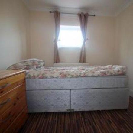 Rent this 4 bed house on MacGregor Industries Ltd in Cordwallis Road, Maidenhead SL6 7GF