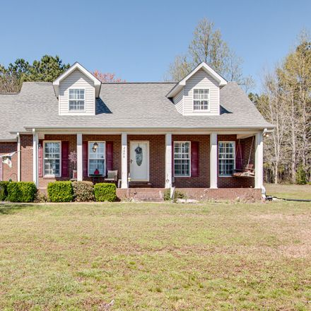 Rent this 3 bed house on Mike St in McEwen, TN