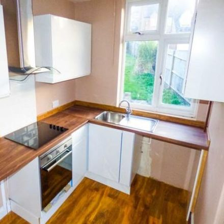 Rent this 3 bed house on St Paul's Road in Luton LU1 3RU, United Kingdom