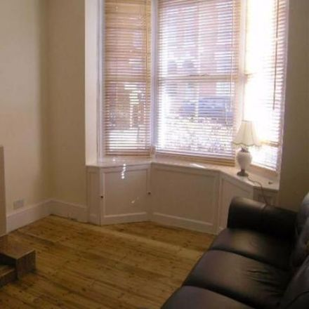 Rent this 2 bed house on 33 Bedale Road in Wellingborough NN8 4ER, United Kingdom