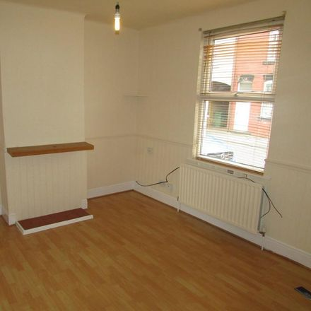 Rent this 2 bed house on 52 Henry Street in Wakefield WF2 9NY, United Kingdom