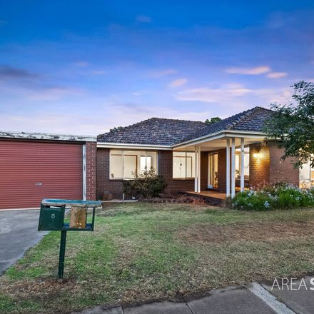 Rent this 3 bed house on 8 Banksia Street