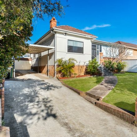 Rent this 3 bed house on 63 Wilkins Street