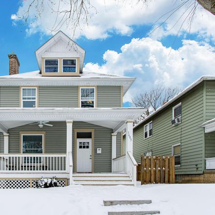 Rent this 3 bed house on 1603 Harvard Avenue in Columbus, OH 43203