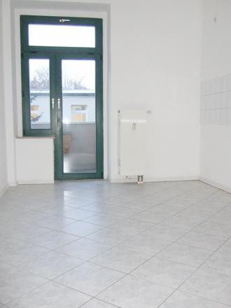 Rent this 3 bed apartment on Pension Hoefti in Bernhardstraße 37, 09126 Chemnitz