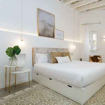 Rent this 2 bed apartment on Carrer de Santa Anna in 12, 08002 Barcelona