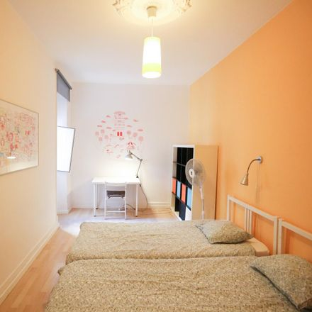 Rent this 9 bed room on Campo Pequeno in 1000-081 Areeiro, Portugal