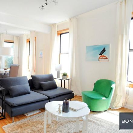 Rent this 2 bed condo on 234 West 21st Street in New York, NY 10011