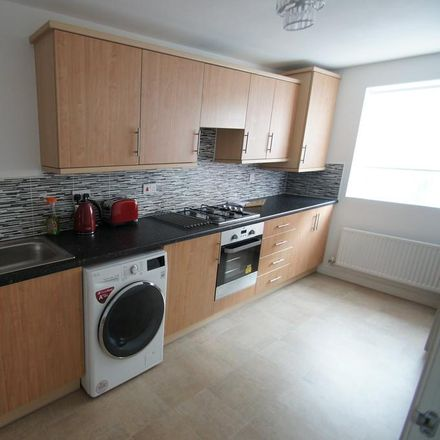 Rent this 4 bed house on Anglian Way in Coventry CV3 1PE, United Kingdom