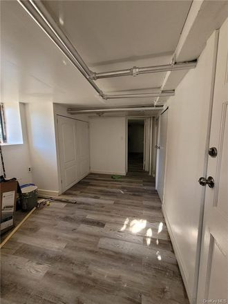 Rent this 1 bed apartment on 952 East 227th Street in New York, NY 10466