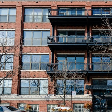 Rent this 2 bed loft on 1040 West Adams Street in Chicago, IL 60607