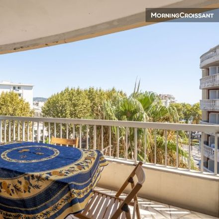 Rent this 1 bed apartment on 13 Avenue de Bellet in Nice, France