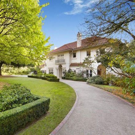 Rent this 5 bed house on 61 Clendon Road