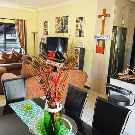 Rent this 3 bed townhouse on Truro Road in Alberante, Alberton