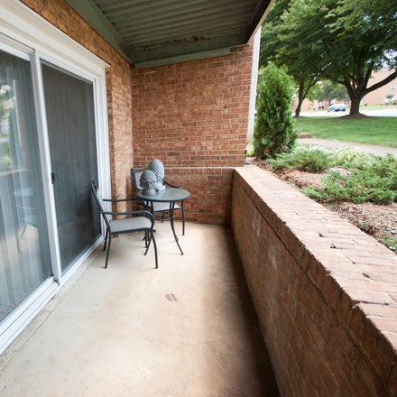 Rent this 3 bed apartment on West Main Street in Salem, VA 24153