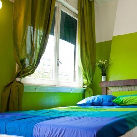 Rent this 7 bed room on Via Saverio Mercadante in 9, 20124 Milan Milan
