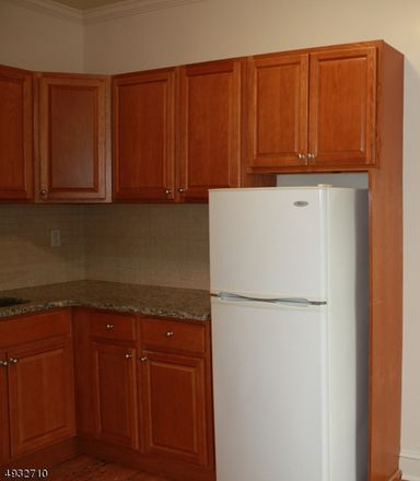 Rent this 1 bed apartment on Franklin St in Bloomfield, NJ