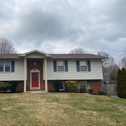 Rent this 3 bed house on 2209 Lakeland Drive in Johnson City, TN 37601