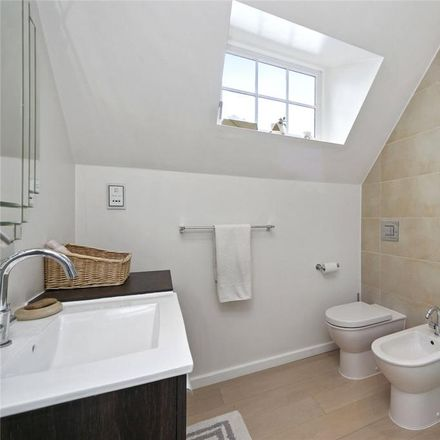 Rent this 2 bed apartment on 95 Platt's Lane in London NW3 7NH, United Kingdom