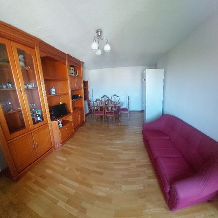 Rent this 1 bed room on Plaza Elíptica in 28001 Madrid, Spain