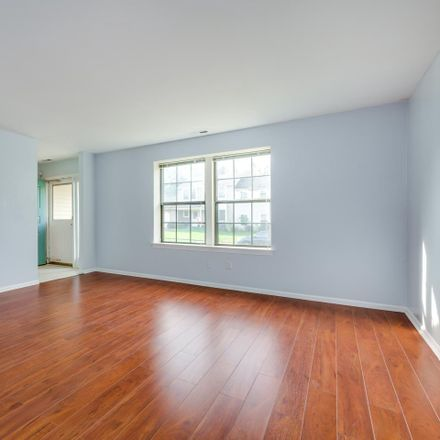 Rent this 3 bed townhouse on 1302 Jonathan Lane in Evesham Township, NJ 08053-4521