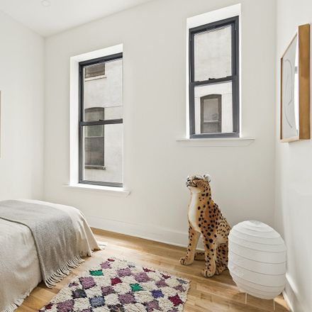 Rent this 3 bed condo on 917 Saint Marks Avenue in New York, NY 11213