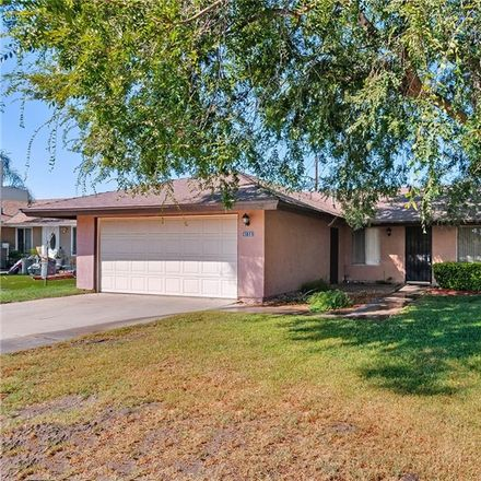 Rent this 3 bed house on 4158 Mountain Drive in Arrowhead Farms, CA 92407