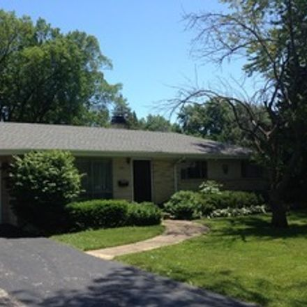 Rent this 3 bed house on 245 Cottonwood Rd in Northbrook, IL