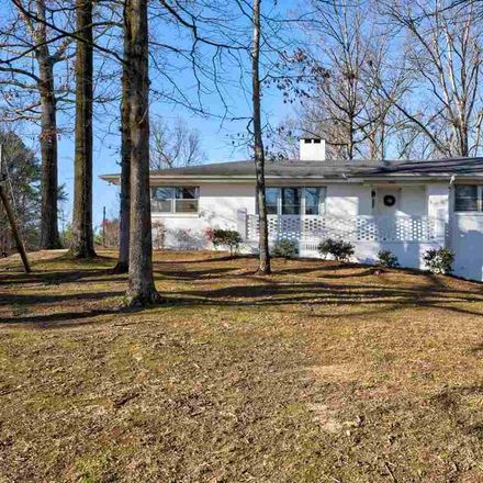 Rent this 3 bed house on 2025 Rockwood Ln in Fultondale, AL